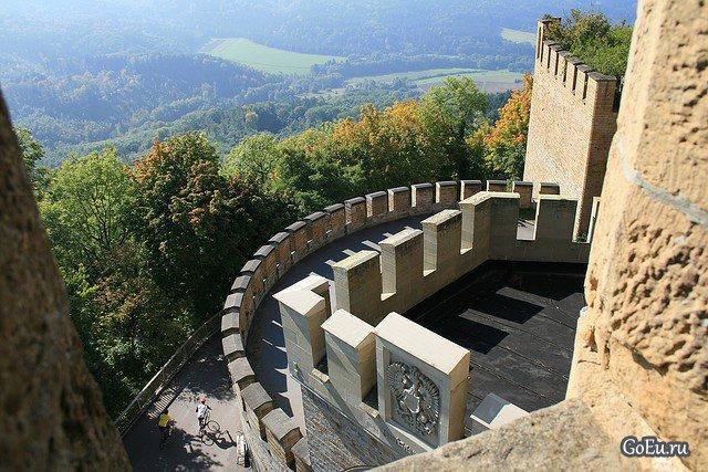 **Замок в Германии Гогенцоллерн